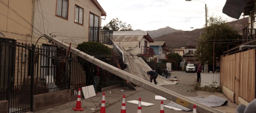 Fuertes vientos en la comuna de Vicuña generan múltiples daños en diversos sectores